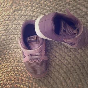 Nike toddler shoes in size 8
